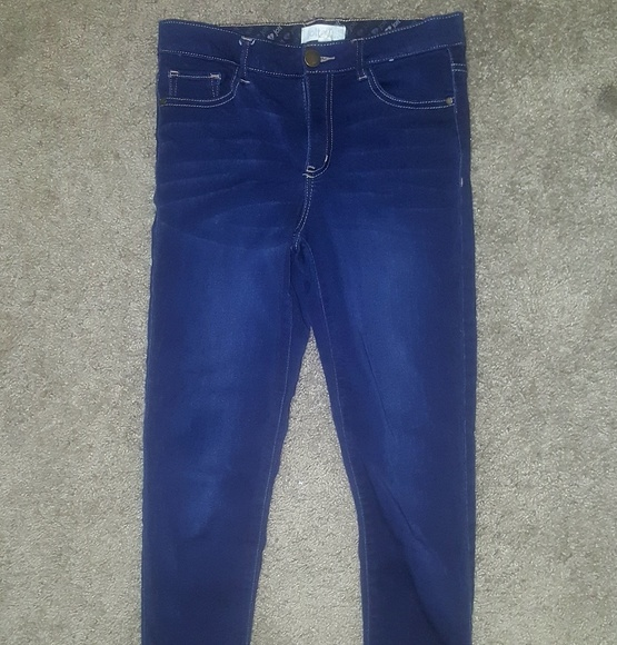 Jolt Denim - Jolt stretchy jeans size 7